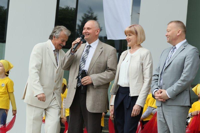 Į Rio olimpiadą vyks ir ėjikų treneris, alytiškis K. Pavilonis (pirmas iš kairės). Zenono Šilinsko nuotr.